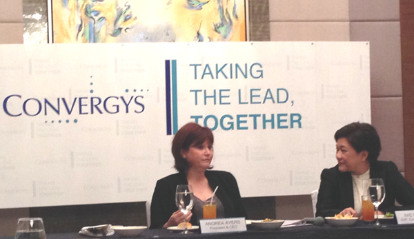 Convergys CEO Andrea Ayers (left) and Convergys PH chief Ivic Mueco during the press briefing in Makati City