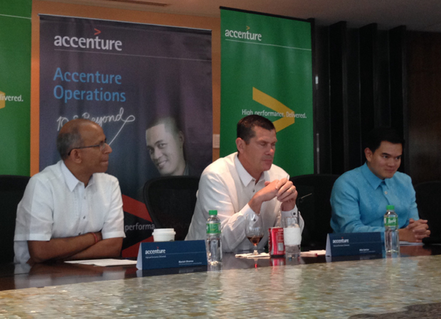 Photo shows (from left): Manish Sharma, senior managing director for Accenture operations global delivery and solution development; Michael J. Salvino, Accenture Operations group chief executive; and Benedict Hernandez, lead for Accenture?s delivery center for operations in the Philippines