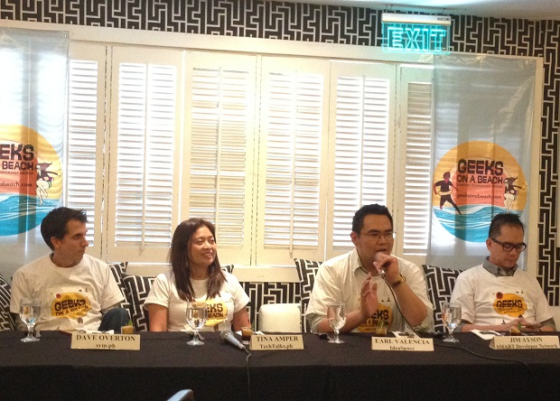 Dave Overton of Sym.ph along with Tina Amper of TechTalks.ph are organizing this year?s Geeks on a Beach in Mactan, Cebu on August 21 to 22. Also in photo are IdeaSpace president and co-founder Earl Martin Valencia (2nd from right) and Smart Developer Network?s Jim Ayson (rightmost)