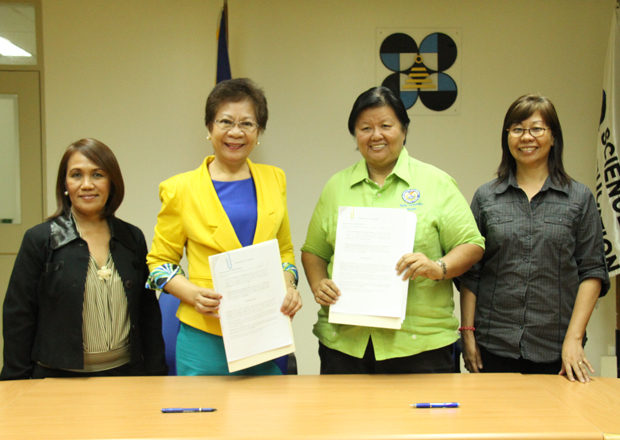 The Science Education Institute and the city government of Dagupan through Dr. Josette T. Biyo (second to left) and Mayor Belen T. Hernandez (second to right), ink a Memorandum of Agreement (MOA) to bring together the 1stDagupan City Robotics Science Fair in November