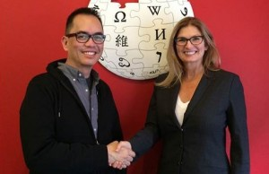 Photo shows Jim Ayson, senior manager for digital services innovation at Smart, formalizing the 'Wikipedia Zero' partnership with Carolynne Schloeder, head of global mobile partnerships at Wikimedia Foundation