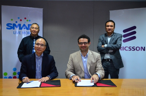 Seated from left: Orlando B Vea, chief wireless advisor of Smart Communications and Elie Hanna, Ericsson Philippines and Pacific Islands president and country manager.  Standing from left: Ramon Isberto, public affairs group head, PLDT and Smart Communications; and Anthony Valdez, VP- key account manager at Ericsson Philippines