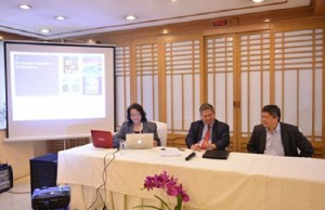 Atty. Emma Francisco (left) presents the results of the survey in a press conference held in Makati on Thursday, Nov. 28. To her left are IPOPHL director-general Ricardo Blancaflor and deputy director-general Nelson Laluces