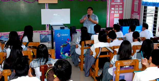 Globe promotes e-learning in the countryside