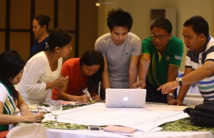 College professors provide their inputs in one of the exercises during the 2015 Lean Startup 101 Boot Camp in Iloilo City last June 20