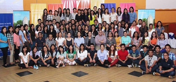 Newly hired Accenture employees in Ilocos