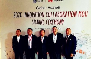 Globe chairman Jaime Augusto Zobel de Ayala (2nd from right) and Globe president and CEO Ernest Cu (extreme right) pose with executives from Huawei Technologies namely Gao Kexin, CEO of Huawei Philippines (extreme left), Zhou Jianjun vice president of CNBG, South Pacific Region of Huawei (2nd from left) and Xu Zhijun, rotating CEO of Huawei (center) following the signing of a 5-year partnership between Globe and Huawei