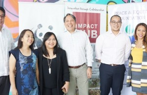 Photo shows (from left) are Robert Calingo of PEF, Dr. Ria Lambino of WWF, Ces Rondario of Impact Hub Manila, Jim Ayala of Hybrid Social Solutions/Hubber, Coy Navarro of ADB, and LizAn Kuster of Impact Hub Manila