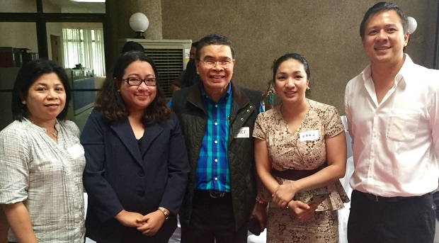 DICT secretary Rodolfo Salalima (center) with NICP officials led by lawyer Jocelle Batapa-Sigue (2nd from left)