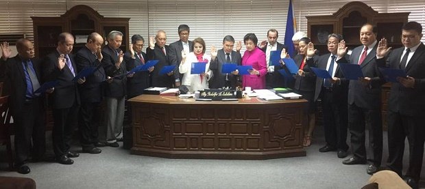 The new board of directors of PETEF taking their oath before DICT secretary Rodolfo Salalima. Photo credit: Atty. Francis Acero
