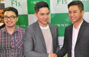 Oppo Philippines has added celebrity Alden Richards as one of its brand ambassadors and endorser for the F1s Limited edition smartphone, nicknamed 'Selfie Expert' for its 16 MP front camera. Also in the photo are Stephen Cheng, brand marketing manager, and Garrick Hung, operations manager