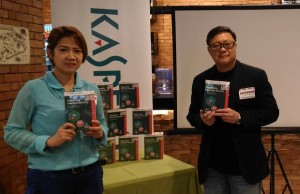 Marilen C. Young (left), consumer sales and marketing manager at iSecure Networks, and Anthony Chua, territory channel manager for the Philippines and Singapore at Kaspersky Lab Southeast Asia