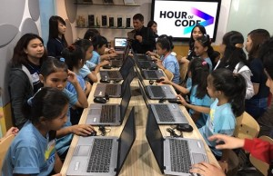 "Grade school pupils participate in the ""Hour of Code"" initiative of Accenture Philippines at its Libis site in Quezon City. The all-girl contingent used a GUI-based programming tool from Code.org"