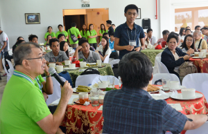 "DOST secretary Fortunato dela Peña holds a dialogue with science scholars from Calabarzon during the recent ""Science for the People"" conference in Bay, Laguna"