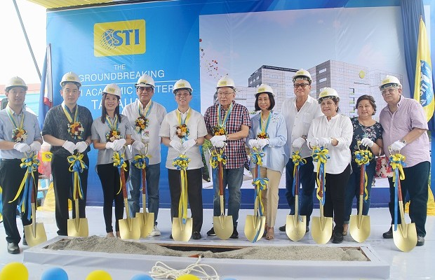 Photo shows officials of STI, Jollibee, and CitiMall during the groundbreaking ceremony in Tanauan, Batangas