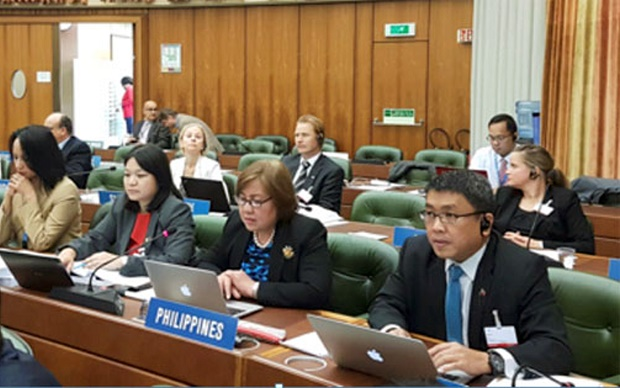 IPOPHL director-general Josephine Santiago (center) presents the application of the Philippines to be designated as an International Searching Authority and International Preliminary Examining Authority to the Working Group on Patent Cooperation Treaty