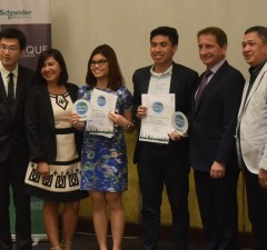 The DLSU team of Aaron Del Rosario and Iliana Tan with the judges