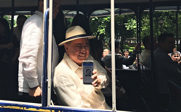 NCCA Chairman and National Artist Virgilio Almario showing off the app