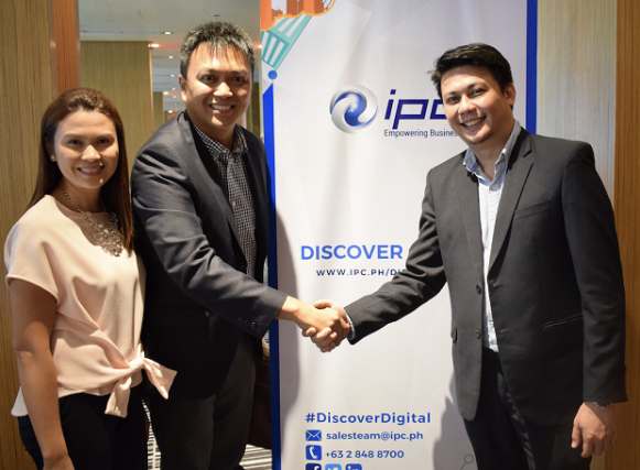 Photo shows (L-R) Sheila Ose?a, VP for finance Web.com.ph, John Henry Ose?a, president of Web.com.ph and Ni?o Valmonte, director for marketing and digital innovation of IPC