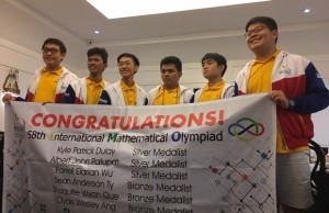 Still victorious. Photo courtesy of Dr. Marian Roque, UP Institute of Mathematics/MSP