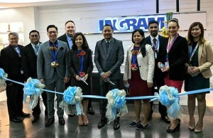 Photo shows Ingram Micro Global Shared Services – Manila executives led by managing director Junar Amador (center) at the ribbon cutting ceremony for its new facility in Upper McKinley in Taguig City. With him are Global In-house Center Council (GICC) chairperson Karen de Venecia-Batungbacal (5th from left), Megaworld senior vice president Jericho Go (3rd from left), and Atty. Joy Cruz (4th from right) representing Taguig City mayor Lani Cayetano
