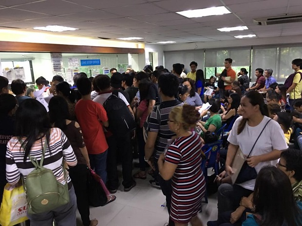 Scenes like these are usually seen in city halls all over the country during the renewal of business permits in the month of January. Photo taken at Pasig City Hall