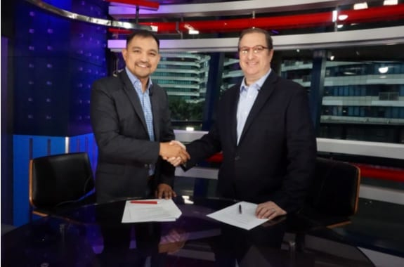Photo shows CCAP president Jojo Uligan (left) and Sitel Philippines chief operations officer Craig Reines sealing the sponsorship deal