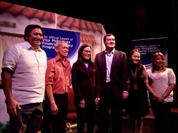 Visa Philippines head for sales Dan Wolbert (3rd from right) with (from left) Tanghalang Pilipino president Jolly Gomez, Tanghalang Pilipino artistic director Nanding Josef, BSP head of inclusive finance advocacy Pia Roman-Tayug, Teach for the Philippines chief strategy officer Patricia Lim-Feria, and panel discussion moderator Salve Duplito