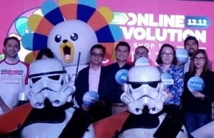 Lazada co-founder and CEO Inanc Balci (left) at the grand launch of the Lazada Online Revolution – Shop the Universe on Nov. 6 at the Manila House Private Club in Taguig City. With him are representatives from some of Lazada's partner brands which will offer bargains during the mega sale