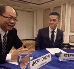 D-Link president Jacky Chang and Versatech executive vice president Stephen Yu
