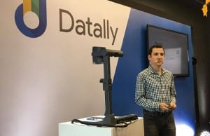 """An executive from tech giant Google speaks during the media briefing for """"Datally"""" at the Google PH office in Taguig City"""