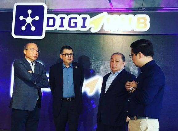 Kickstarting the initiative during the launch were (from left) Voyager president and CEO Orlando B. Vea, presidential adviser for entrepreneurship Joey Concepcion, PLDT chair Manuel V. Pangilinan, and FinTQ managing director Lito Villanueva